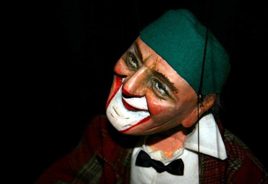 Una revista musical de marionetas
