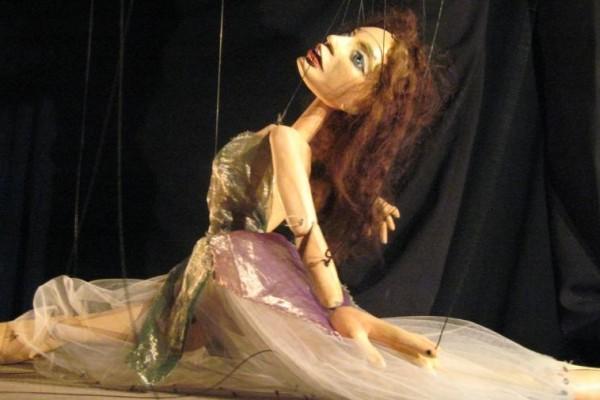 FORMAS_DE_PERDER_LA_CABEZA_bailarina
