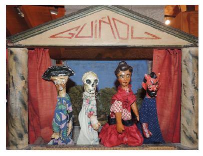 Teatro Guiñol, 1910-1930. Títeres catalanes para juegos infantiles, 1920-1935. Museo de la Casa de los Títeres de Abizanda