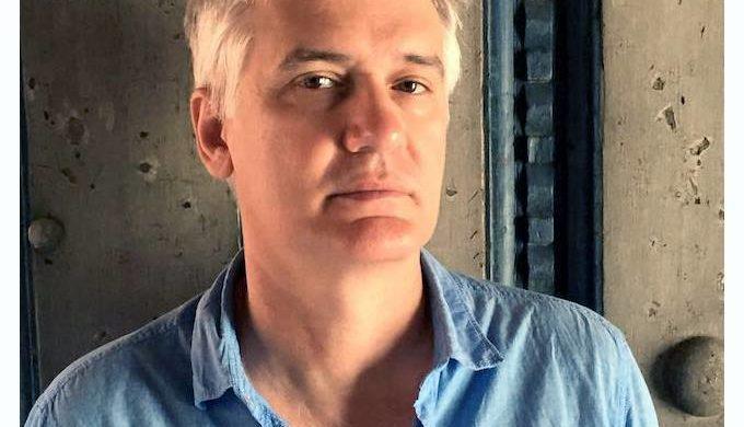 Carlos-Celdran-jpg