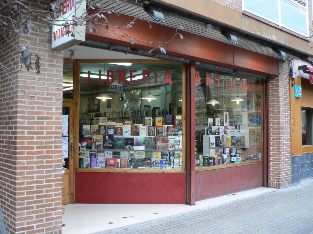 libreria-antigona-de-zaragoza